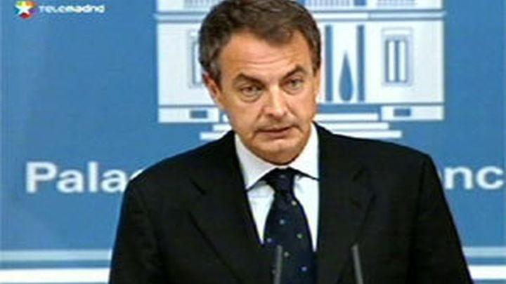 Zapatero anuncia la inminente aprobación de la reforma de la ley de cajas