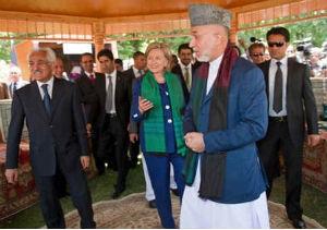 Afganistán, Clinton