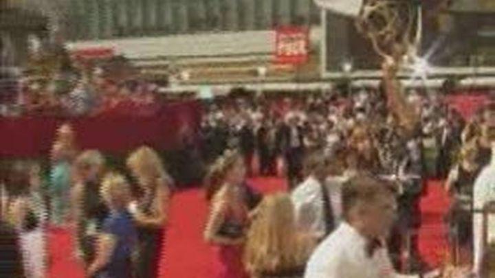 """Mad Men"" y ""Modern Family"" triunfan en la gala de los Emmy"