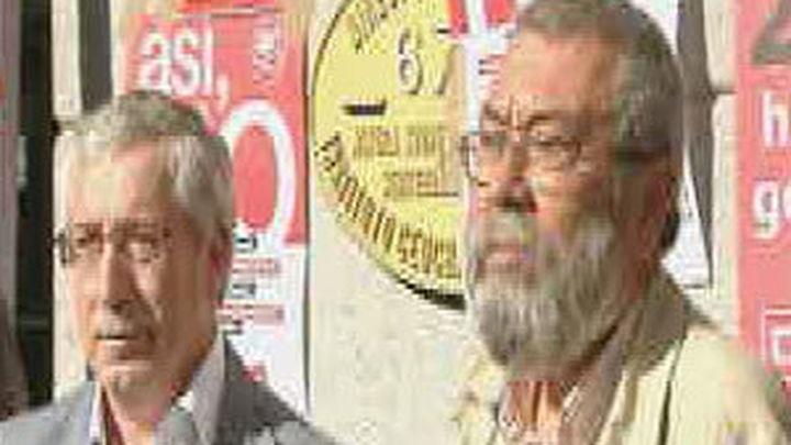 Toxo y Méndez piden por carta a los grupos que rechacen la reforma constitucional