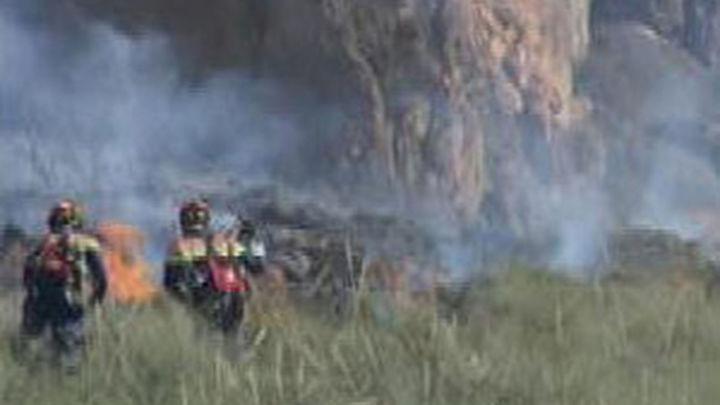 El incendio de Rasquera sigue fuera de control y ha quemado 1.800 hectáreas