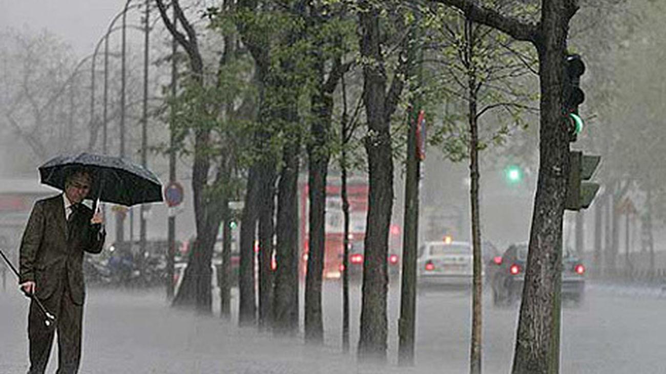 Día de lluvia, paraguas