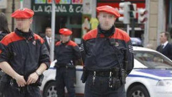 Seis detenidos de una banda dedicada al robo de empresas  y tres heridos en la operación en Martutene