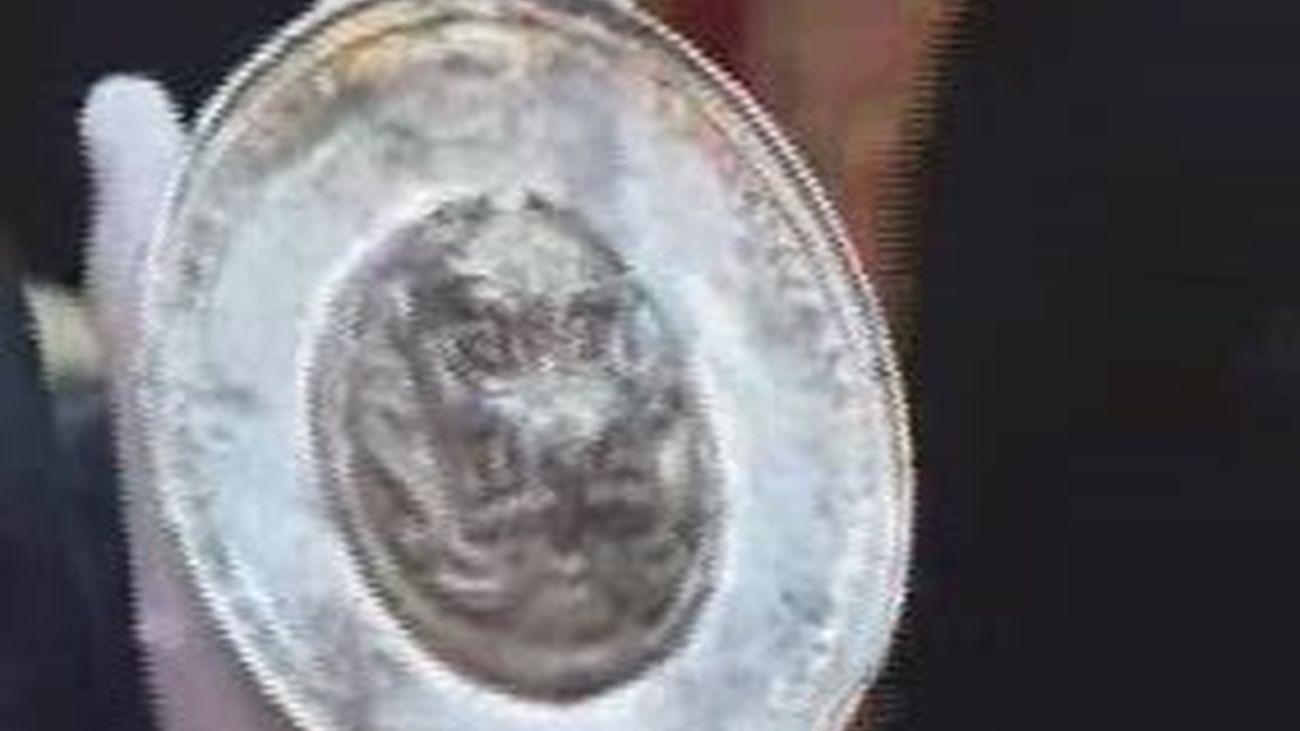 Descubierto en Titulcia un plato de oro y plata del siglo cuarto antes de Cristo