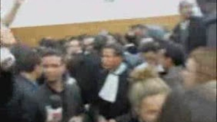 Agredidos dos periodistas españoles en un juicio contra activistas saharauis