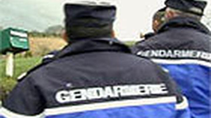 Un terrorista abatido tras decapitar a un profesor en la periferia de París