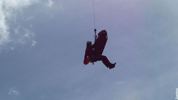 Evacuan en helicóptero  a un niño de 9 años perdido en la Sierra
