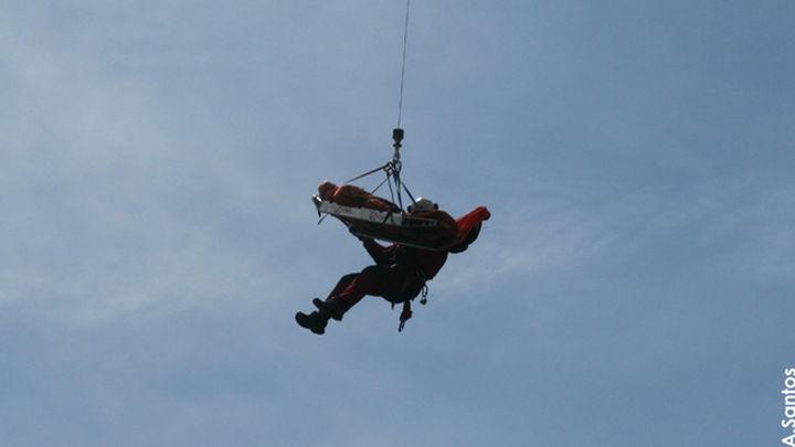 El GERA rescató ayer a tres  personas accidentadas en la sierra de Madrid