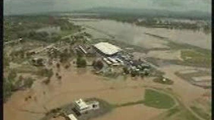Al menos 3 muertos en inundaciones en Australia