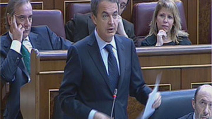 Zapatero reconoce que la restricción crediticia  durará todavía un tiempo