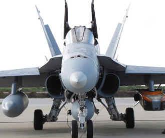 España envía a Italia cuatro aviones F-18 para participar en la operación contra Gadafi