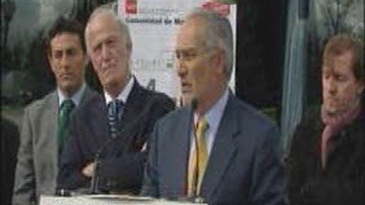 La Comunidad y los alcaldes del suroeste reclaman el BUS-VAO en la carretera de Extremadura