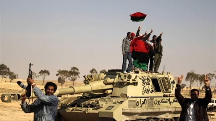 """Los rebeldes libios anuncian la """"liberación total"""" de Sirte, ciudad natal de Gadafi"""