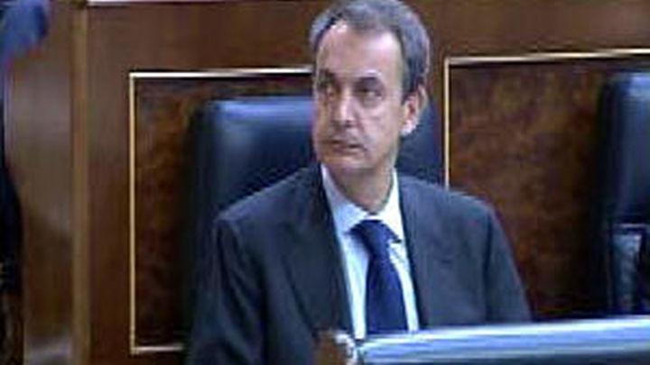 """Zapatero avisa de que la recuperación del empleo será lenta y """"costará"""""""