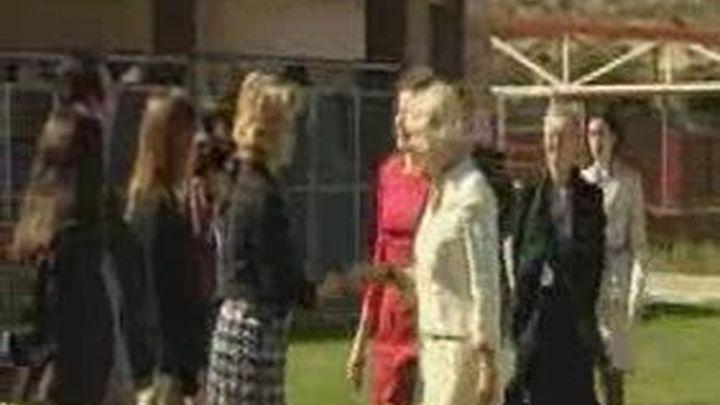 La duquesa de Cornualles visita la Fundación Once del Perro Guía