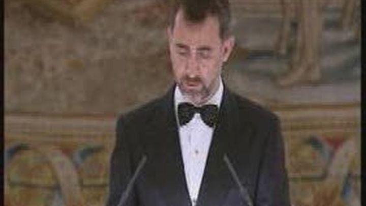 El Príncipe de Asturias pide al Príncipe Carlos avanzar en la solución a Gibraltar