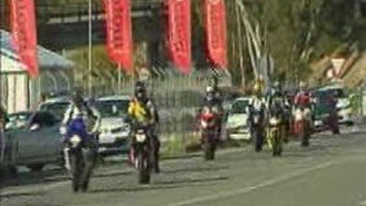 Tráfico recuerda a los motoristas que acudan a Jerez que participar en carreras ilegales puede implicar pena de cárcel