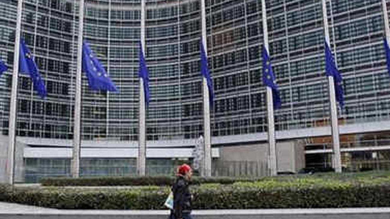 La Comisión Europea no ve necesidad de que Grecia reestructure su deuda