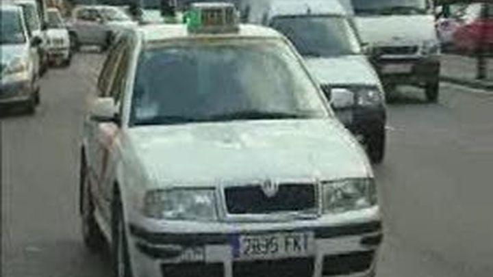 """Gallardón ve """"prácticamente imposible la picaresca"""" con la nueva ordenanza del Taxi"""