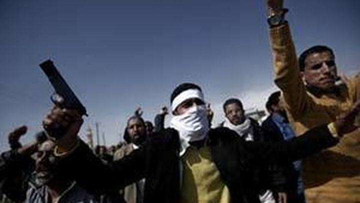 Los rebeldes estudian el plan de la Unión Africana, pero reiteran que Gadafi debe irse