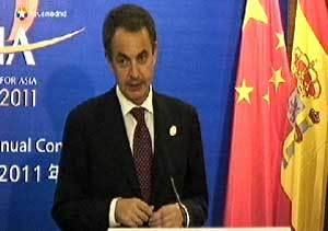 Zapatero garantiza que el apoyo de China dará frutos en la deuda y las cajas