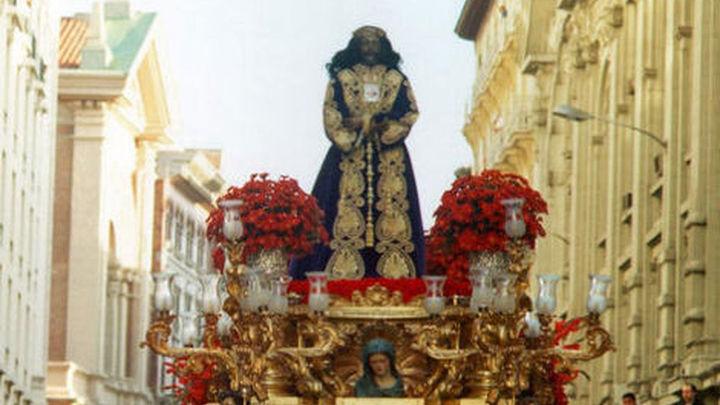 La lluvia impide la procesión de Jesús de Medinaceli,  el paso estrella de Madrid, con 800.000 seguidores