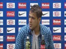 """Domínguez: """"Kun nos da la vida ahí arriba y otra vez decidió el partido"""""""