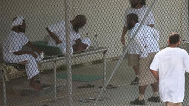 Wikileaks difunde documentos secretos sobre abusos en cárcel de Guantánamo