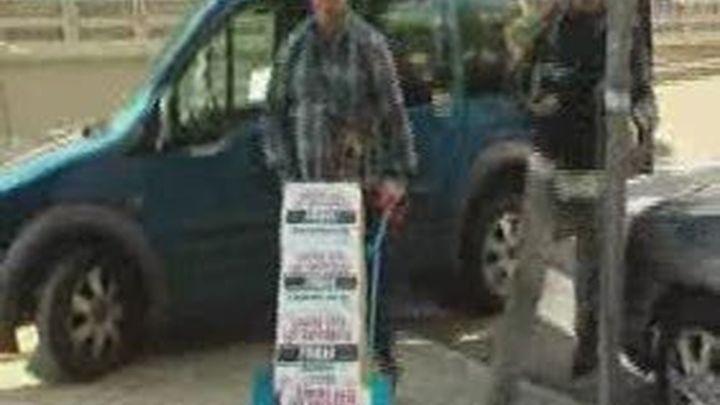 Los hosteleros exigen la suspensión de la ley del tabaco con 600.000 firmas