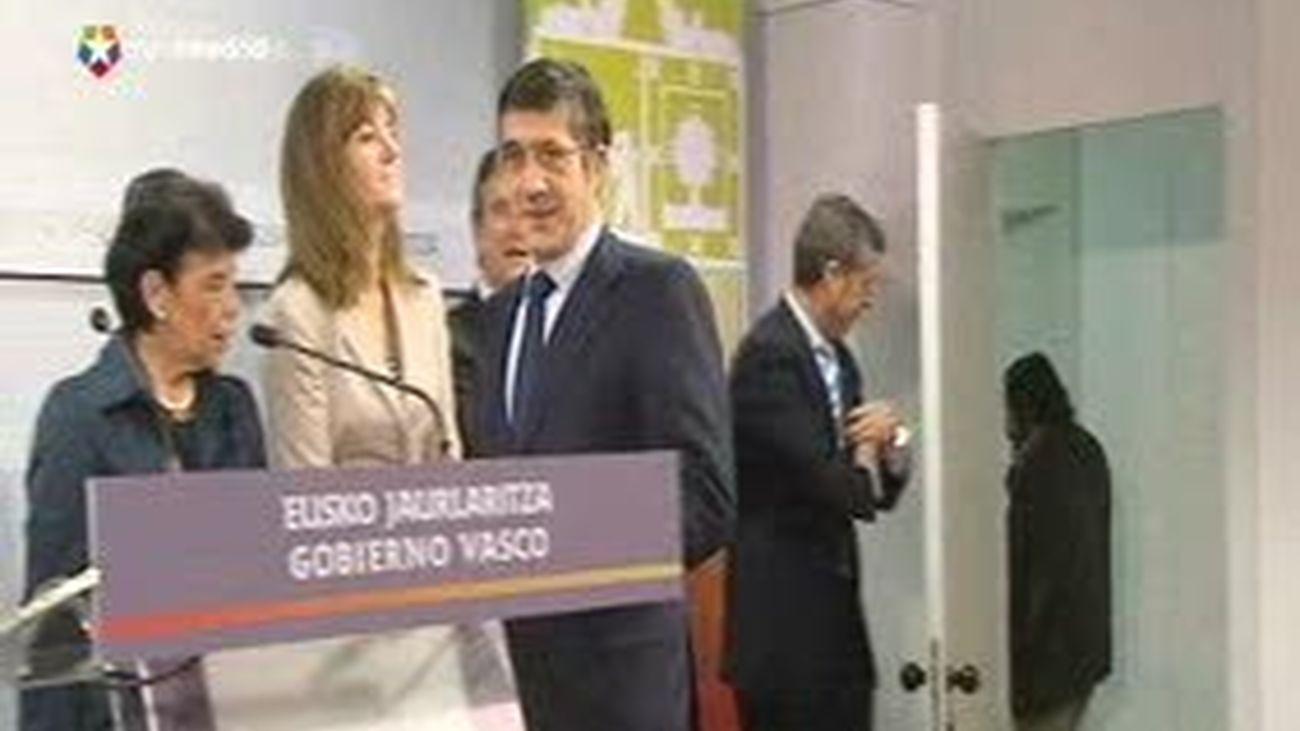 López respeta la decisión sobre Bildu y Basagoiti dice que la democracia vuelve a estar expuesta a la imposición de ETA