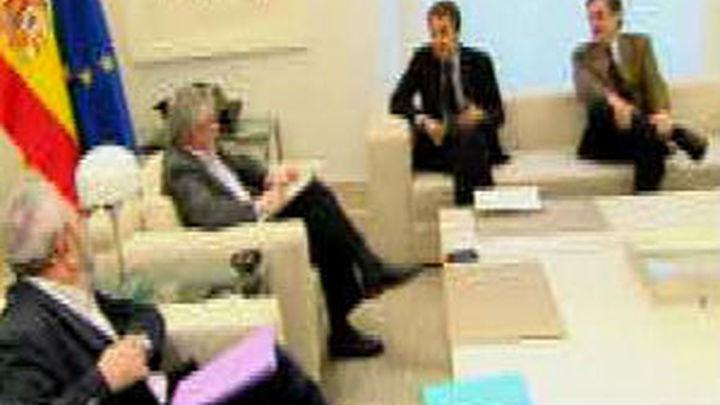 Zapatero se reunió con Toxo, Méndez y Rosell este mes para pedirles moderación salarial