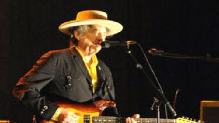 Bob Dylan, 70 años y sigue en activo