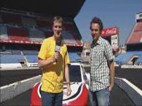 El Calderón asfaltado para una carrera de coches