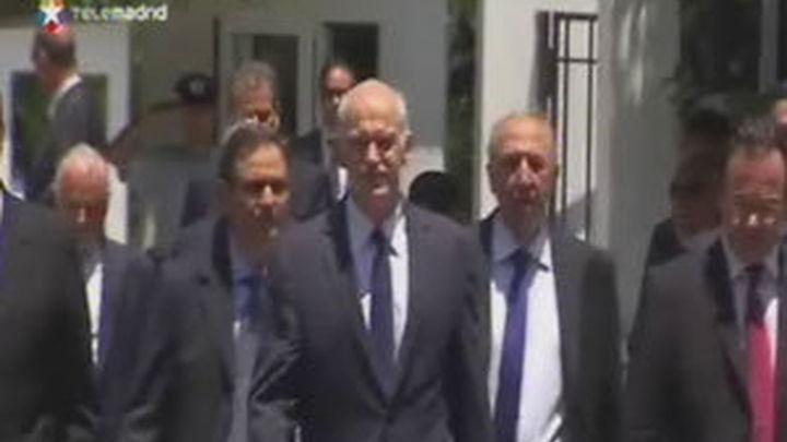 """Barroso dice que no hay """"plan b"""" si el Parlamento griego rechaza el plan de ajustes y privatizaciones"""