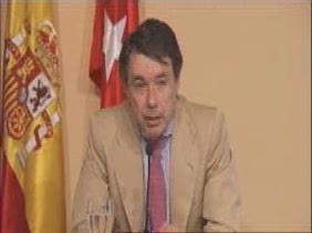 """González califica de """"inadmisible"""" la actitud de Rubalcaba en los desahucios"""