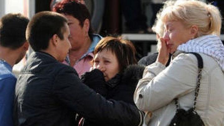 Hallan al menos 110 cadáveres en el interior del barco hundido en el Volga