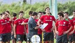 El Athletic se entrena a las órdenes de Bonini ante la ausencia de Bielsa