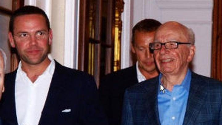 Murdoch, su hijo y Rebekah Brookx declaran ante el Parlamento británico por las escuchas ilegales