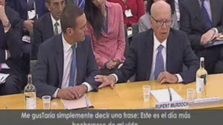 Murdoch se confiesa avergonzado y pide perdón en el Parlamento