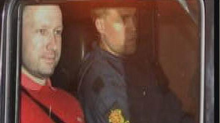 """El abogado de Breivik considera que su cliente """"está loco"""""""