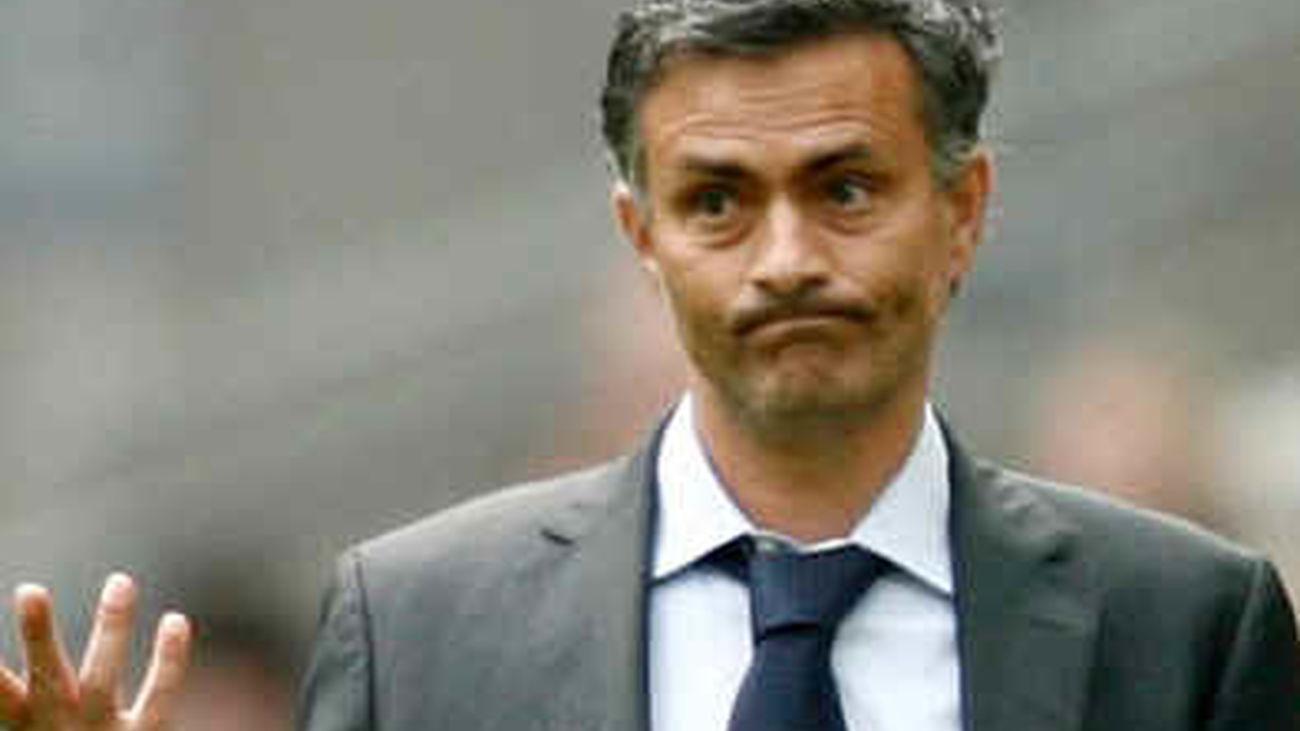 """Mourinho comparece  ante la UEFA para defenderse tras sus """"declaraciones inapropiadas"""""""