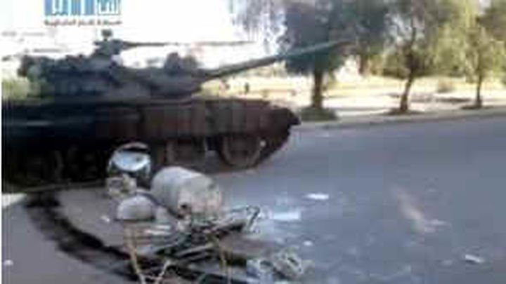 Soldados desertores atacan la sede de Inteligencia militar en Siria