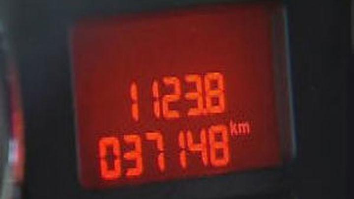 Detenidas 4 personas por vender hasta 70 coches con el kilometraje manipulado