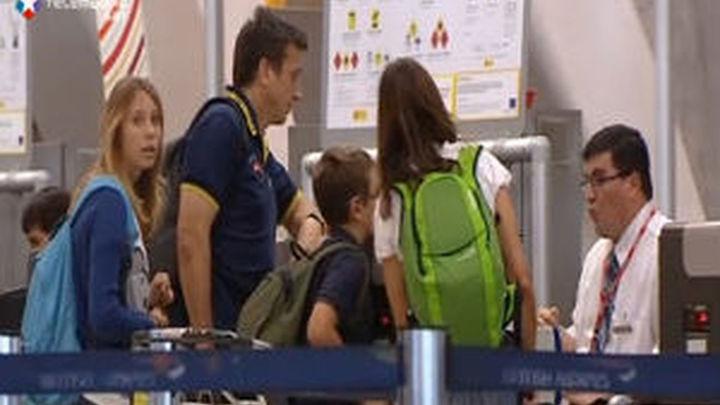 Los turistas siguen con sus planes de vacaciones en Londres y no hay devolución pasajes