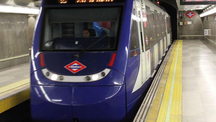 Los sindicatos no garantizan este viernes y sábado los servicios mínimos de metro