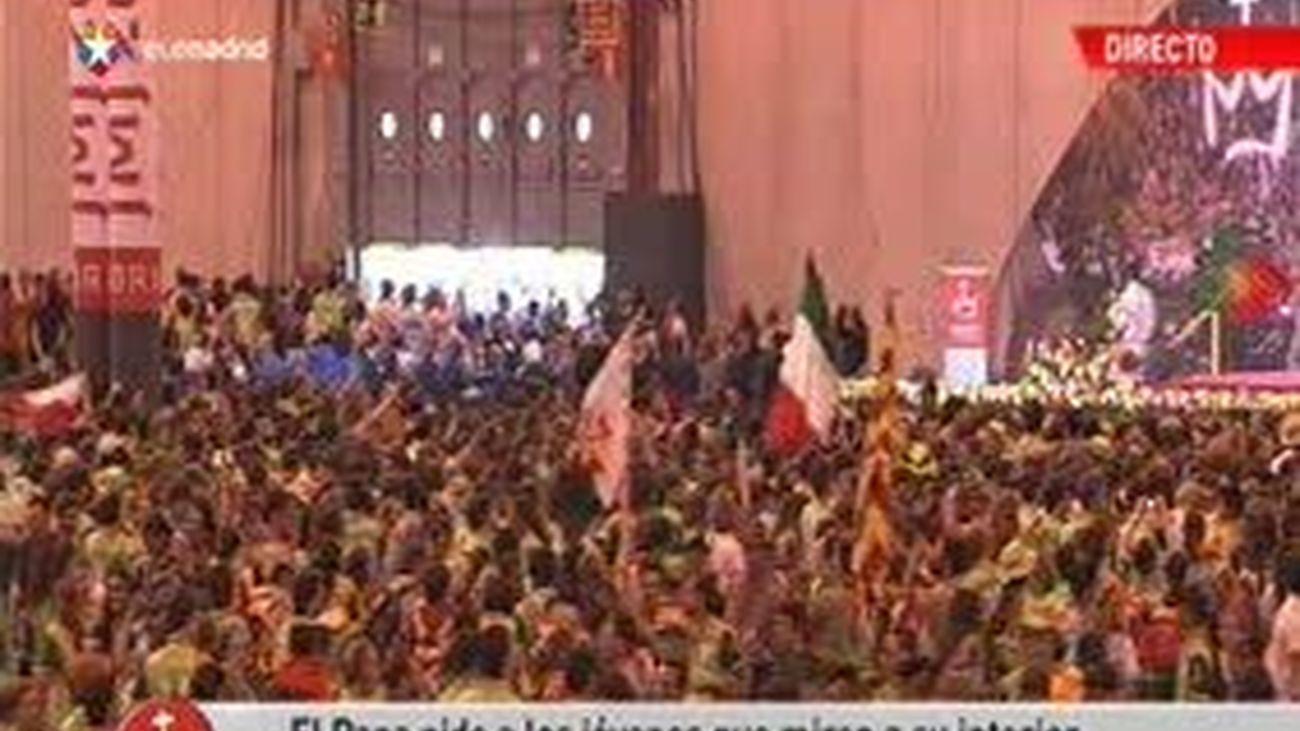 Encuentro del Papa con los voluntarios y despedida (2ª parte)