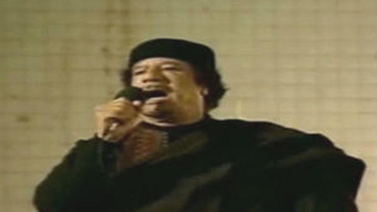 Argelia rechaza la entrada de Gadafi en el país