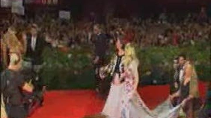 La película de Madonna fracasa en el Festival de Venecia