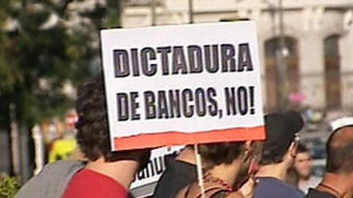 Miles de afectados por la hipoteca se manifiestan en toda España