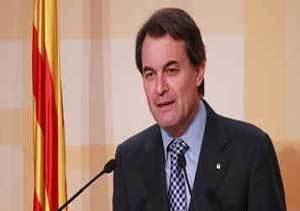 """Artur Mas plantea un impuesto """"temporal""""  para ricos y descarta bajar los tributos en 2012"""